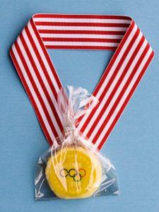 gold-medal-1-550x733